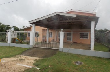 Belmopan Belize - Spacious 5 Bedroom Home in Cayo, Belize