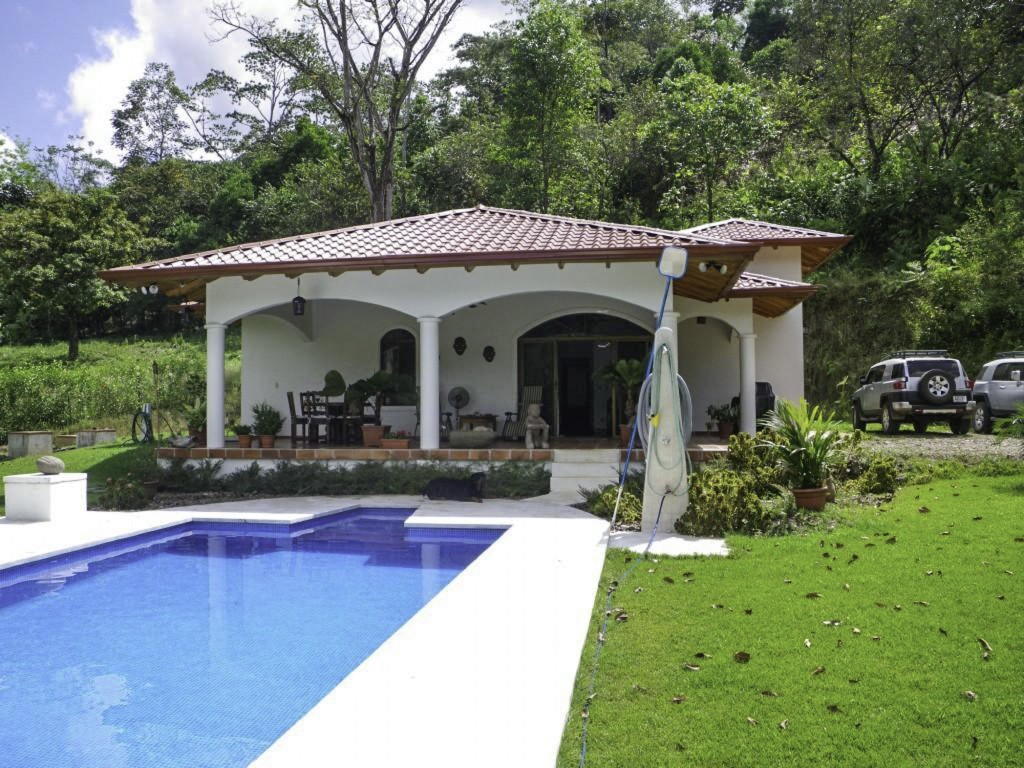 Real estate in ojochal costa rica great price for a for Costa rica home prices