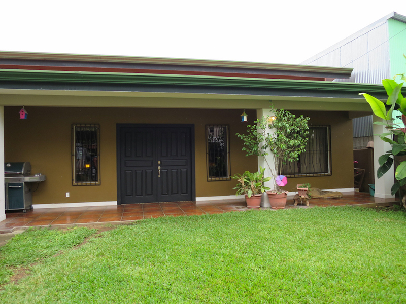 Real estate in jaco costa rica central jaco home plus for Costa rica house rental with chef