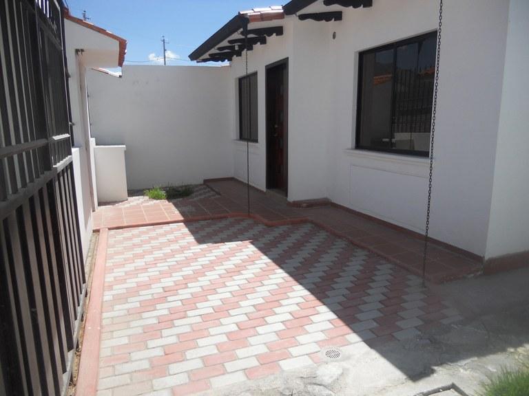 Cotacachi-Ecuador-property-RS1600634-3.jpg