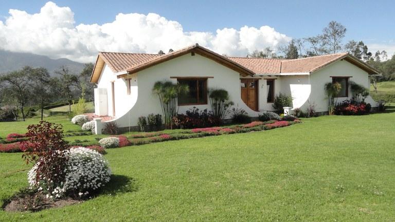 Cotacachi-Ecuador-property-RS1600637-2.jpg