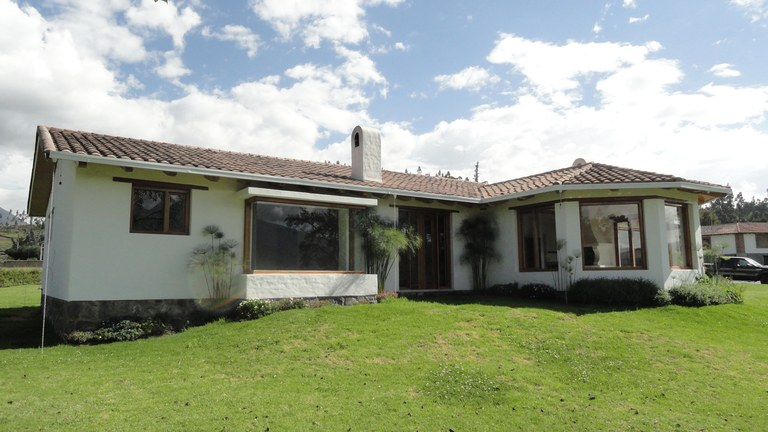 Cotacachi-Ecuador-property-RS1600637-6.jpg