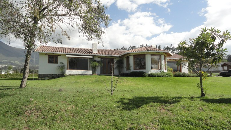 Cotacachi-Ecuador-property-RS1600637-7.jpg
