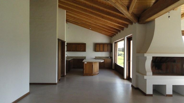 Cotacachi-Ecuador-property-RS1600637-9.jpg