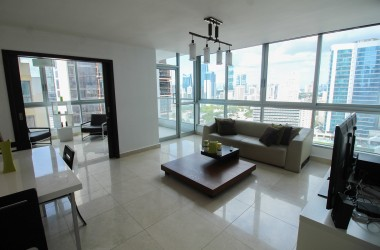 Panamá Panama - Freshly painted and decorated – High Floor Ave. Balboa Apartment