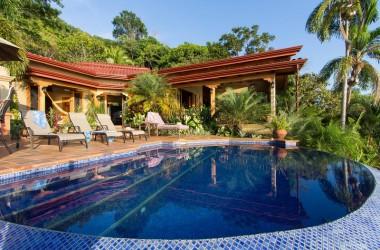 Uvita Costa Rica - 1.45 ACRES – 3 Bedroom Luxury Ocean View Home With Pool In Escaleras!!!