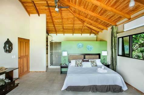 Manuel-Antonio-Costa-Rica-property-costaricarealestateMA072-11.jpg