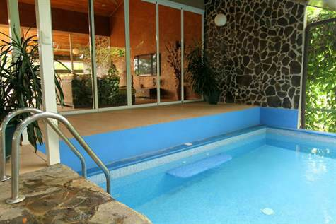 Manuel-Antonio-Costa-Rica-property-costaricarealestateMA072-4.jpg