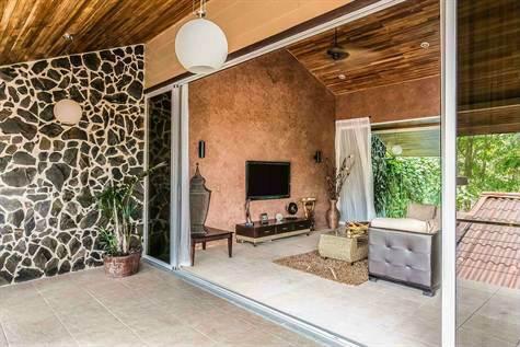 Manuel-Antonio-Costa-Rica-property-costaricarealestateMA072-5.jpg