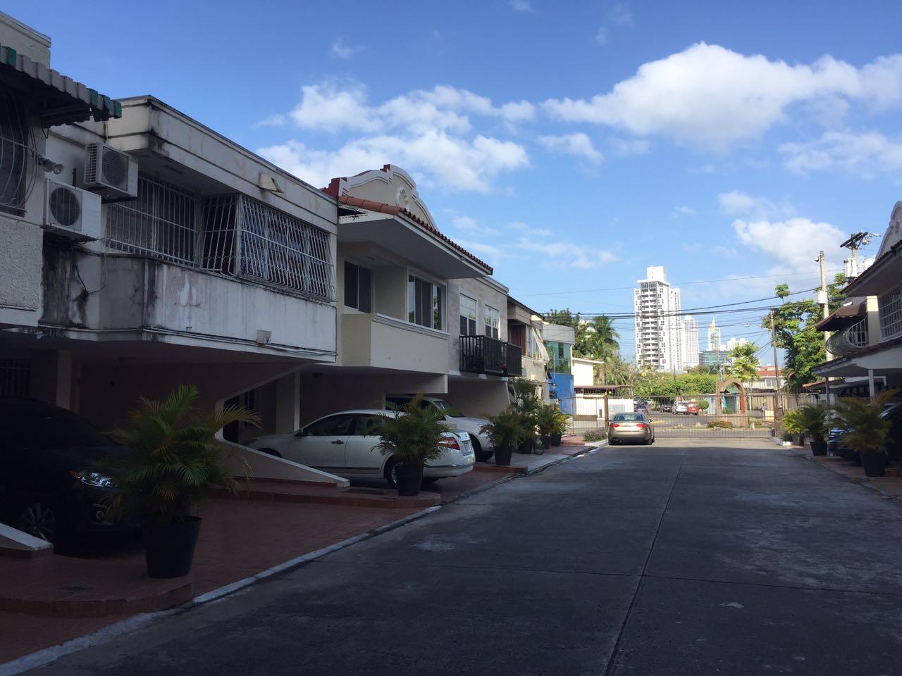 El-Carmen-Panama-property-panamaequityel-carmen-home-close-episcopal-5.jpg