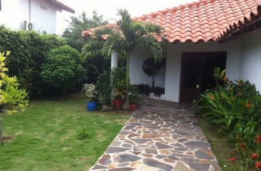 Nueva Gorgona Panama - Great beach house in Coronado, the best golf and beach community in Panama