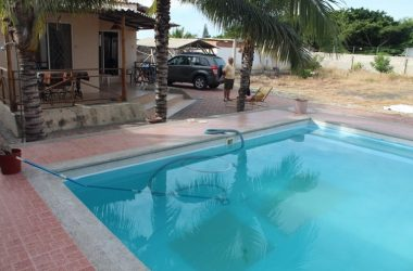 Ballenita Ecuador - Ballenita House With Pool – Property is 500m2 with an additional 500m2 available. No need for a car here as Public transportation is very close.