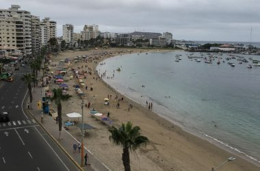 Salinas Ecuador - Soak In The Sea Breezes Right On The Salinas Malecon