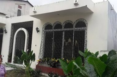 Guayaquil Ecuador - When You Need A Huge Home…This Is It