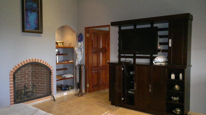 Altos-del-Maria-Panama-property-panamaequityaltos-del-maria-panama-get-ready-impressed-2-4.jpg