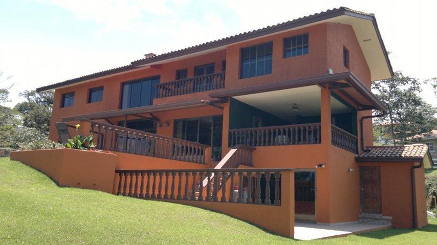 Altos-del-Maria-Panama-property-panamaequityaltos-del-maria-panama-get-ready-impressed-2.jpg