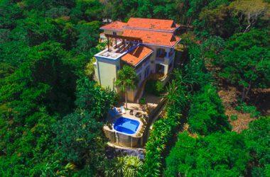 Coxen Hole Honduras - Villa Delfin Estate Tamarind Drive