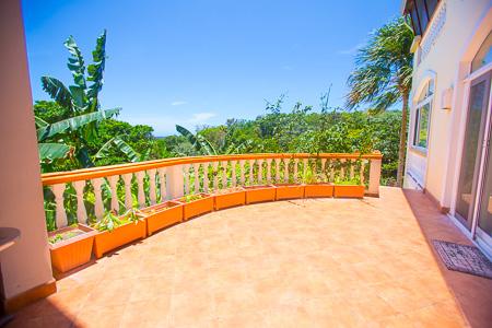Roatan-Honduras-property-roatanlife1010-4.jpg